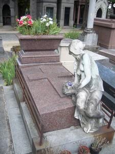 Tombe de Cléo de Mérode