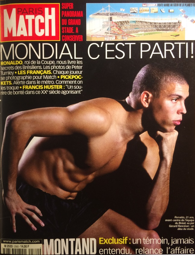 Paris-Match n°2560